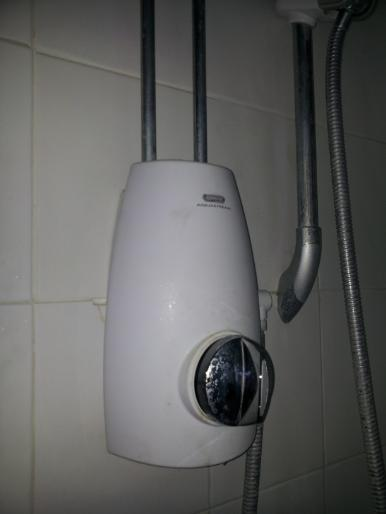 aqulisa shower unit that needs replacing